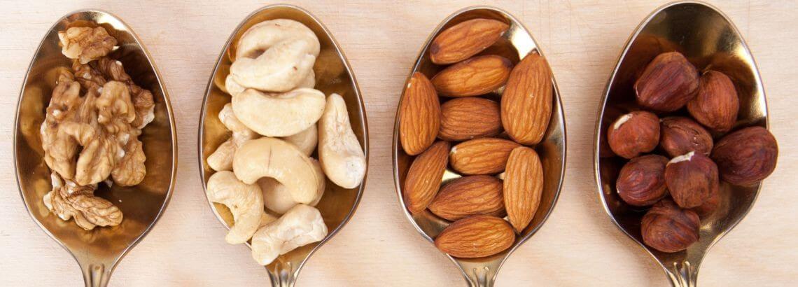 תזונה בריאה לשמירה על איכותו ויופיו של העור
